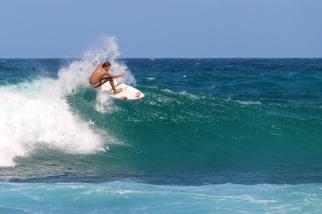 16-surfer-le-moule-guadeloupe