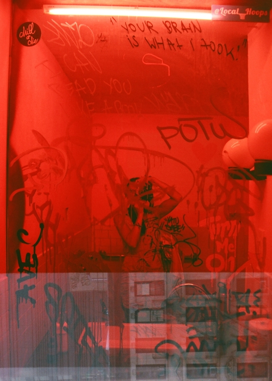 35 new york city spreadhouse selfie your brain is what i took pentax k1000